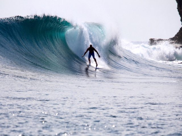 wave guide, Sumatra surf, Indonesia waves, resort latitude zero, mangalui, nomad, Nias