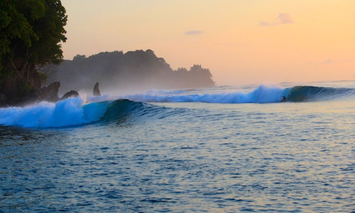 wave guide, Sumatra, telo islands, resort latitude zero, Nias, Mentawai Islands, surf spots Indonesia