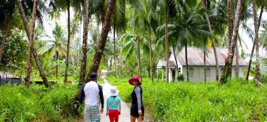 resort latitude zero, village, Telo Islands, Sumatra, Nias, Indonesia, family friendly, natural