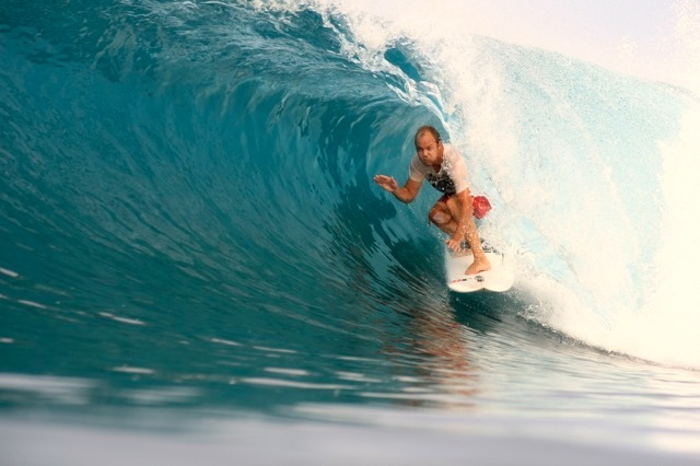rlz, latitude zero, simon swilly williams, rlz surf report, telo islands, Sumatra, waves in the Telo Islands