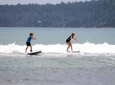 wave guide, beginner wave, Sumatra, surfing resort, Indonesia, resort latitude zero, latitude zero
