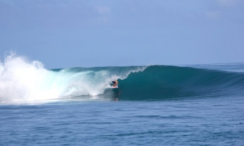 surfing guide, wave guide, Sumatra surf, rlz, Telo Islands, nomad, mangalui, resort latitude zero