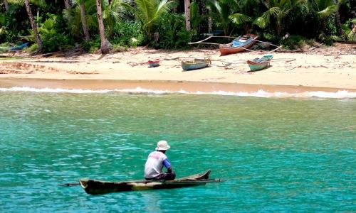 Telo Islands, Sumatra, Nias, Indonesia, resort latitude zero, latitude