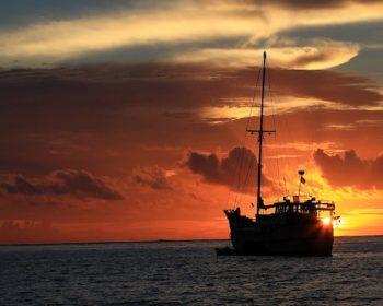 rlz, mango, mangalui, nomad, surf charters, Sumatra, Indonesia, resort latitude zero