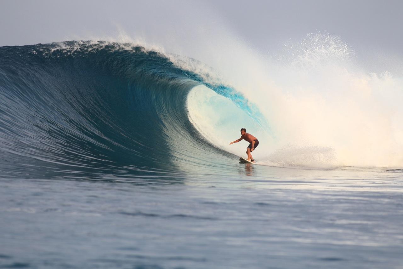 resort, latitude zero, Telo Islands, Sumatra, charter boat, discounted package