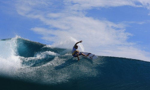 Tanner Gudauskas, resort latitude zero, surfing, mangalui, Telo Islands, Vans, Indonesia