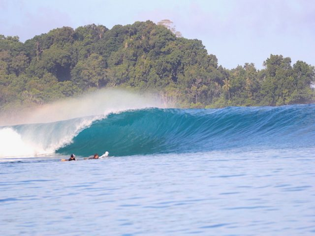 wave guide, resort latitude zero, surfing, Sumatra, resort latitude zero, Indonesia, Telo Islands, mysto