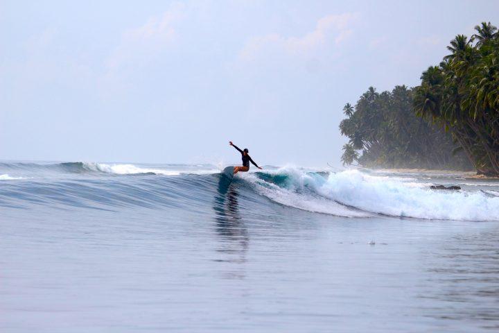 resort latitude zero, surfing, Indonesia, Sumatra, holiday, girls surfing, resort