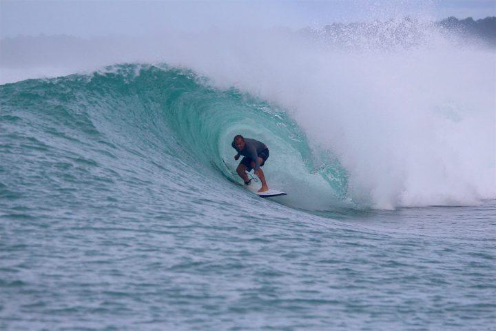 resort latitude zero, surfing, resort, Telo Islands, Sumatra, Indonesia
