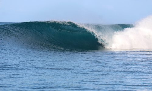 resort latitude zero, surfing, Telo Islands, Sumatra, Indonesia, holiday, surf report