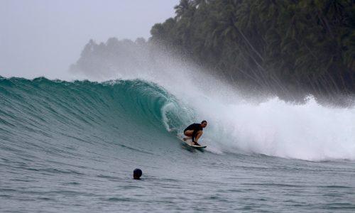resort, surfing, Indonesia, Telo Islands, Sumatra, waves, report