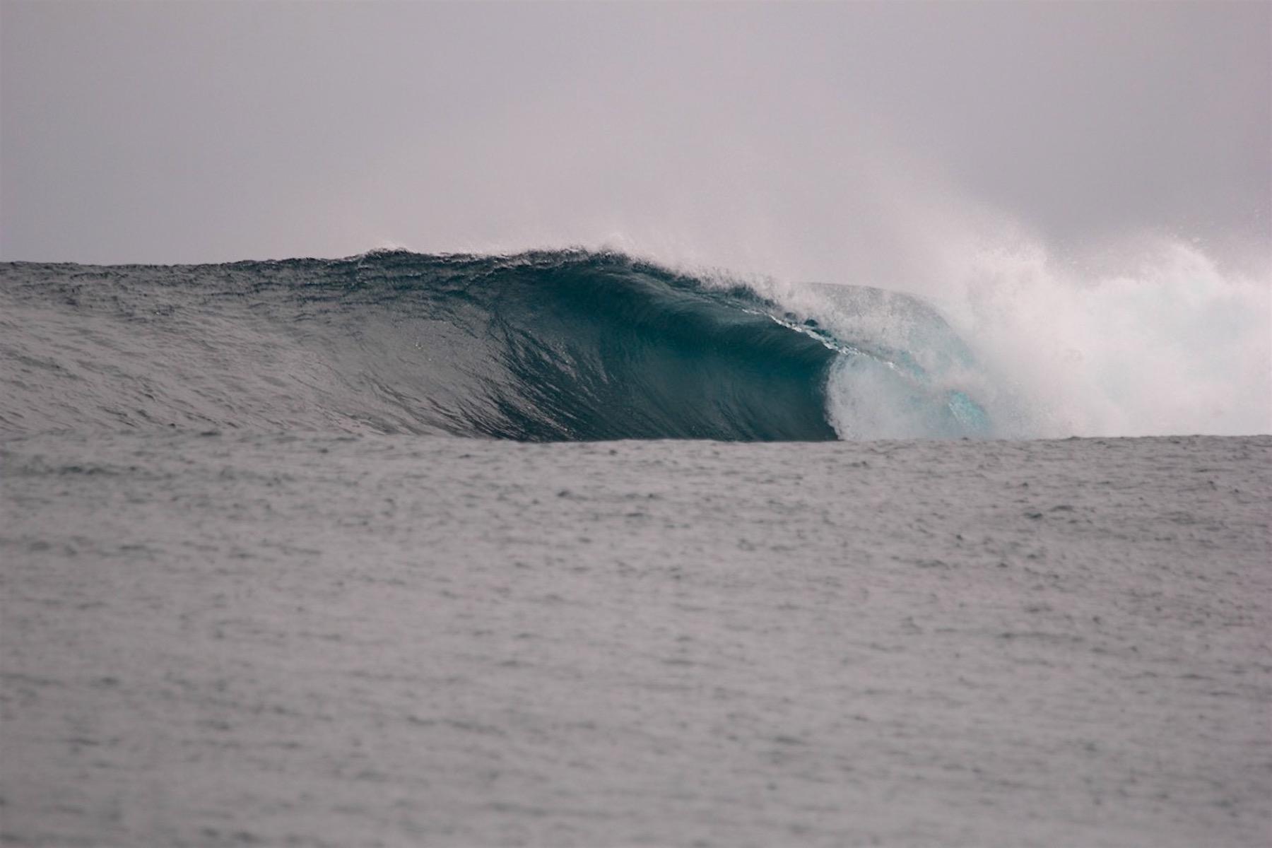 resort latitude zero, surfing, waves, report, tropical, Indonesia