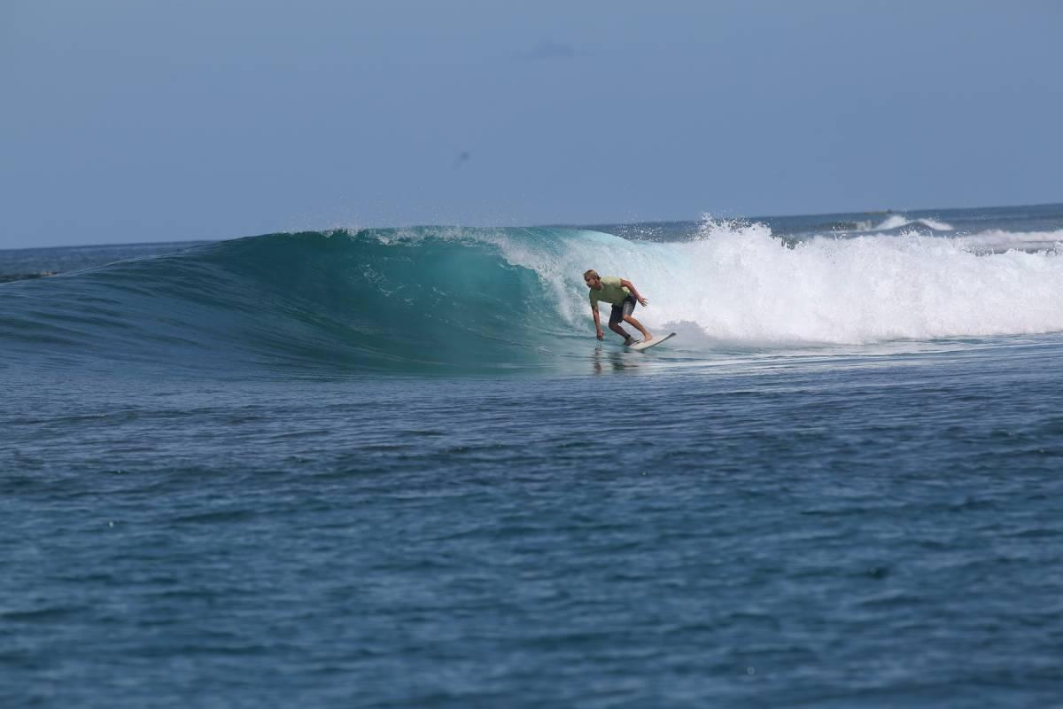 Resort Latitude Zero Telo Island Surf Resort